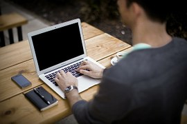 part time online jobs in the uk- writing